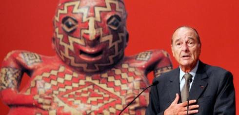 "French President Jacques Chirac gives a speech as he inaugurates the ""Musee du quai Branly"", a museum of primitive arts from Africa, Asia, Oceania and America, 20 June 2006 in Paris. AFP PHOTO POOL FRANCOIS MORI"